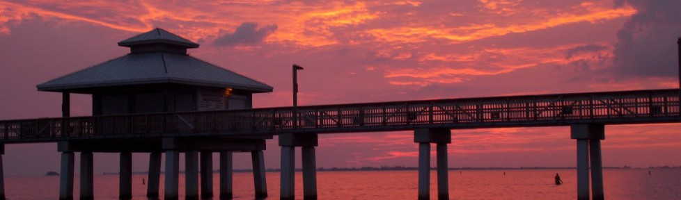 cropped-pier-sunset