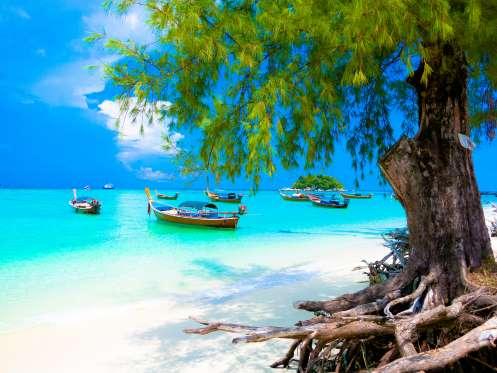 Sunrise Beach, Koh LIpe Thailand